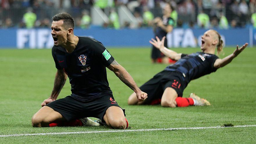 Croácia faz história e decide Mundial contra a França