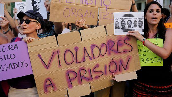 """España propone reformar la tipificación de violación: """"Si una mujer no dice 'sí' expresamente"""""""