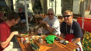 Adeptos (a)provam gastronomia russa