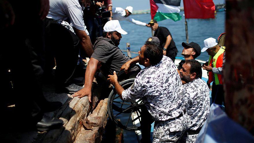 إسرائيل تعترض سفينة الحرية 2 وتعتقل جميع ركابها