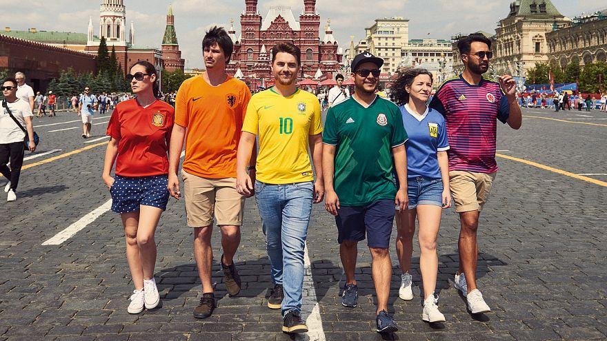 Una bandera LGTB camuflada en Rusia causa orgullo en la comunidad