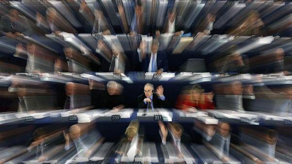 Conoce a los eurodiputados que ganan 100.000 euros o más al año con un segundo empleo