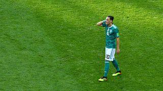 Streit um Mesut Özil: Sollen Bierhoff und Grindel ihren Hut nehmen?