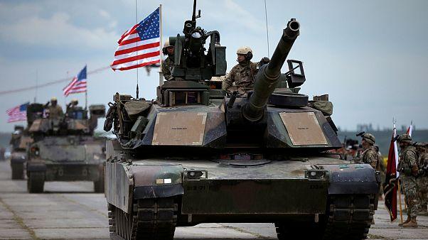 Rázós NATO-csúcs