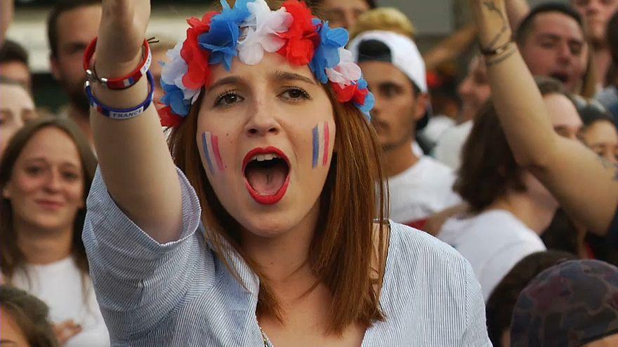 """""""Danke, les Bleus"""": Frankreich feiert den Final-Einzug bei der WM"""