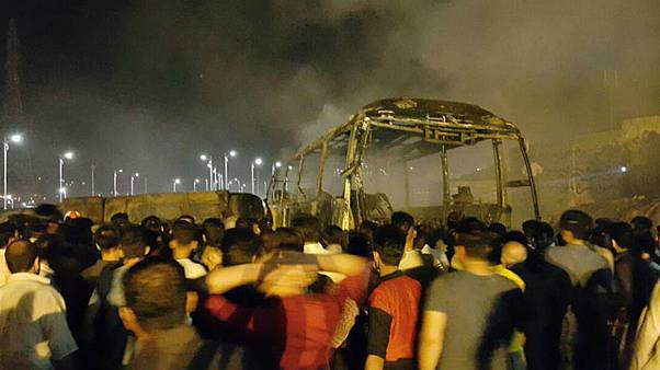تصادف تانکر سوخت با اتوبوس در سنندج ۱۱ کشته بر جای گذاشت