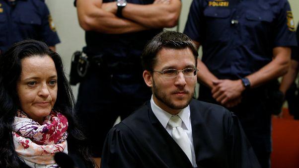 NSU davasında 10 kişinin katili Zschaepe'ye mübbet hapis cezası verildi