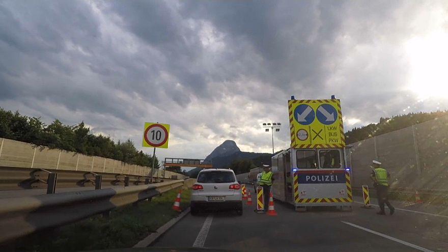 Áustria recupera controlo de fronteiras... por uma semana