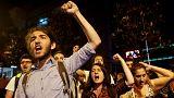 بازداشت دانشجویان در ترکیه برای حمل کاریکاتوری درباره اردوغان