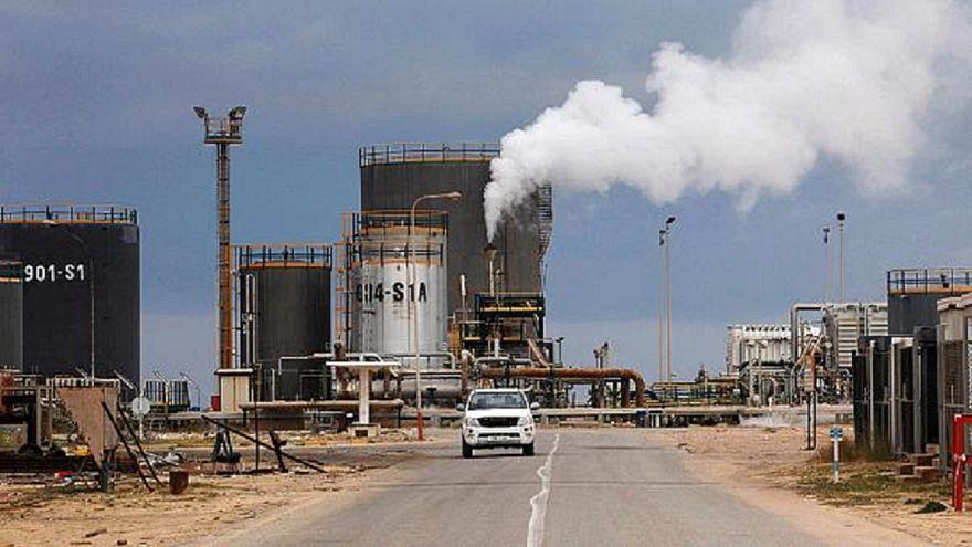 Libia: Haftar ridà terminali petrolio