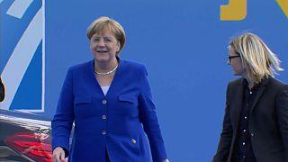 Merkel ülkesini Rusya'nın 'esiri olmakla' suçlayan Trump'a tepki gösterdi