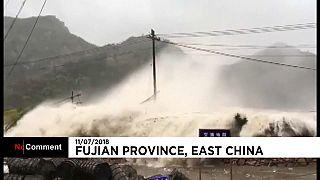 El tifón María arrasa a su paso por China