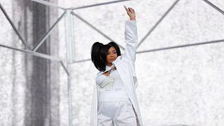 مغنية الراب كاردي بي تعلن أنها رزقت بمولودة من زوجها وأوفست