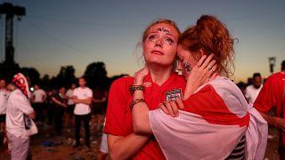 Cróacia elimina Inglaterra: O contraste das emoções em fotografias