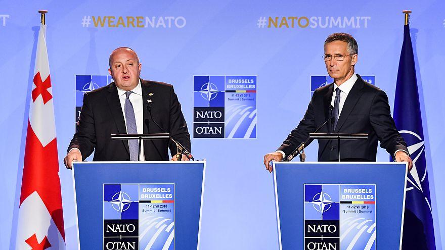 НАТО решает судьбу Грузии и Украины