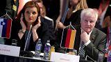 Seehofer in Innsbruck: schwierige Gespräche