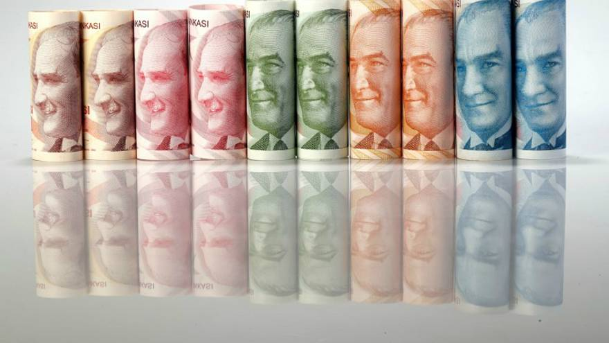 الليرة التركية تهبط لمستوى قياسي بعد تصريحات إردوغان