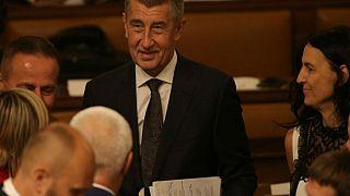 Τσεχία: Κυβέρνηση Μπάμπις με την ψήφο των κομμουνιστών