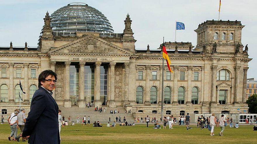 ألمانيا تسمح بتسليم زعيم كتالونيا السابق بتهمة إساءة استغلال المال العام