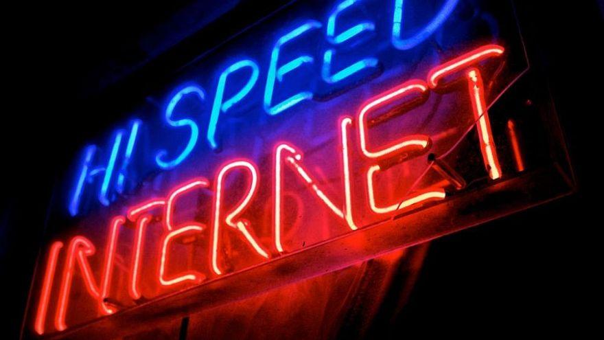 ¿Qué país europeo tiene la banda ancha más veloz?