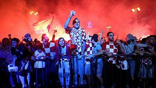 شادی هواداران کرواسی پس از راهیابی به فینال