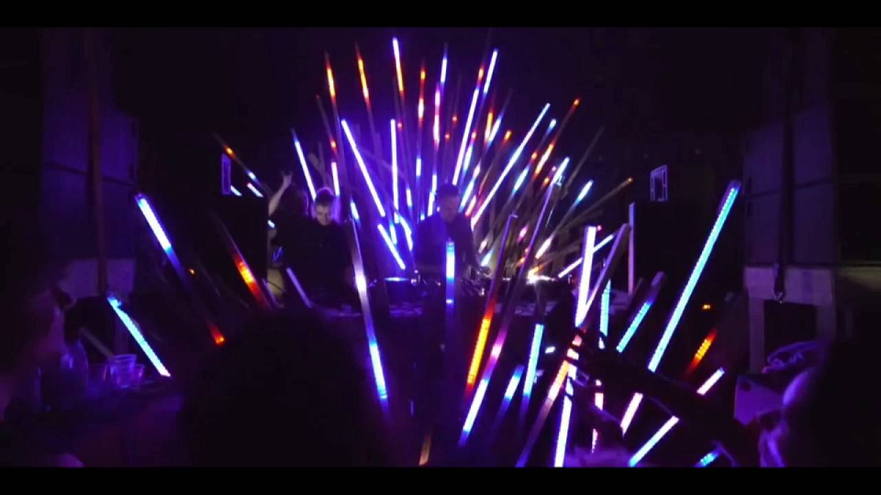 "Mit Elektro durch Berlin: ""Symphony of Now"" in den Kinos"
