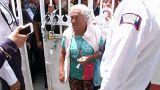 Mexicanos fazem fila para falar com López Obrador