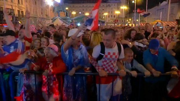 NO COMMENT: Zagreb ao rubro com os croatas na final