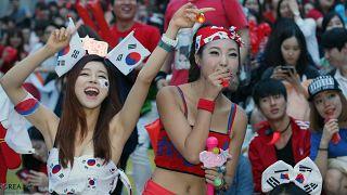 FIFA'dan 'Kamerayı kadınlara değil, maça çevirin' uyarısı