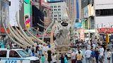 Lebegő hajók a Times Square-en