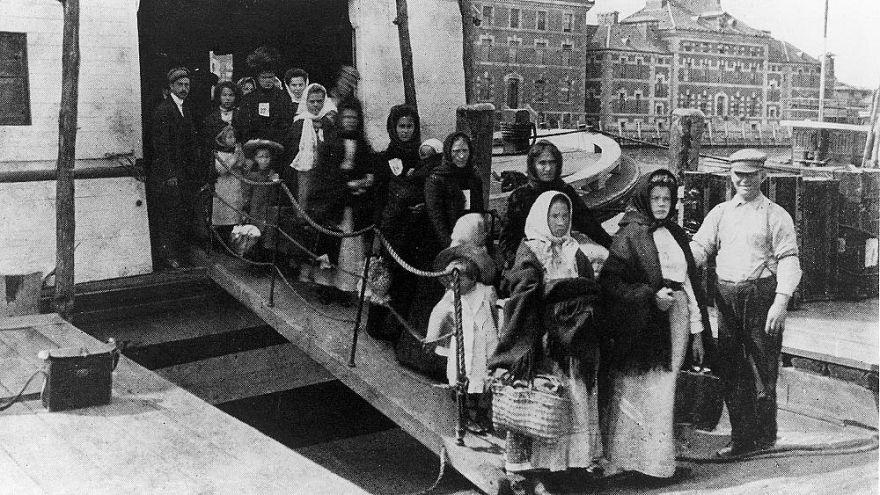 Ellis Adası 1892'den 1954 kadar ABD'ye gelen göçmenlerin ilk durağı oldu