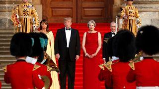 Trump visita el Reino Unido entre la pompa oficial y la hostilidad de la calle