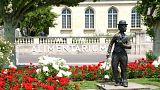 آلبوم عکس از شهر وُوِه، آرامگاه چارلی چاپلین در سوئیس