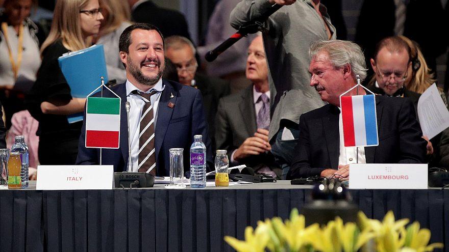 وزير الداخلية الإيطالي ماتيو سالفيني رفقة وزير داخلية لكسمبرغ جان اسيلبورن