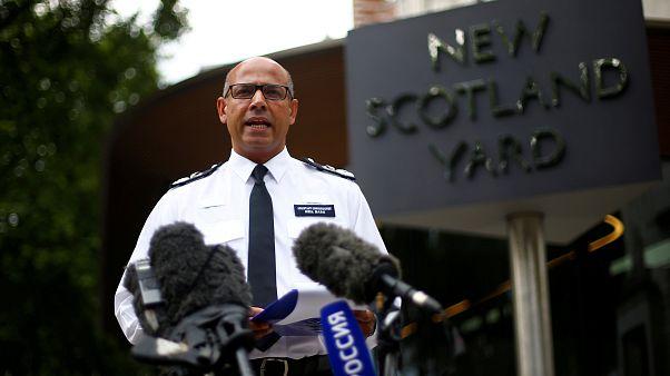الشرطة البريطانية تفرض طوقا أمنيا لفترة وجيزة بمحيط مطعم في سالزبري
