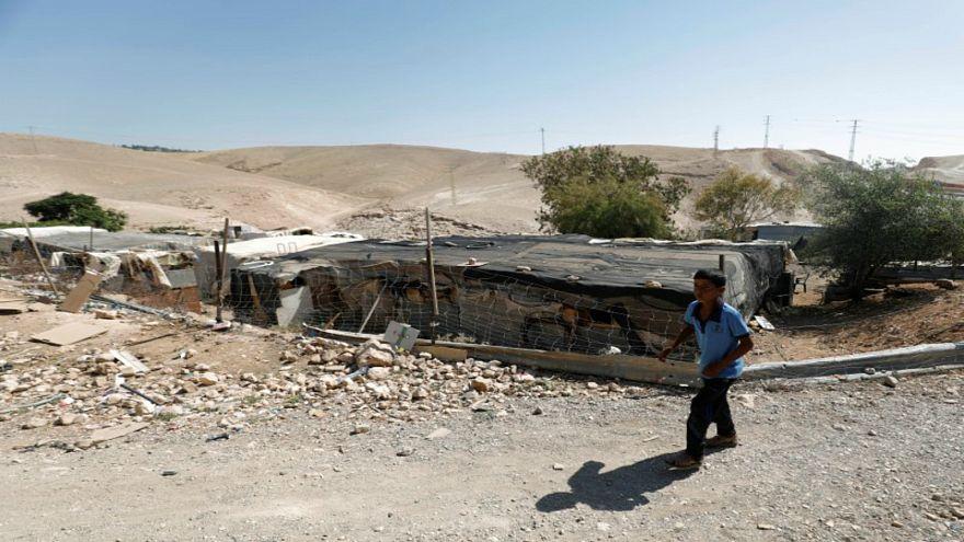 محكمة إسرائيلية تؤجل قرار هدم قرية الخان الأحمر في الضفة الغربية