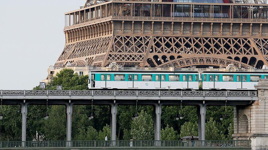 باريس تودع تذاكر مترو الأنفاق