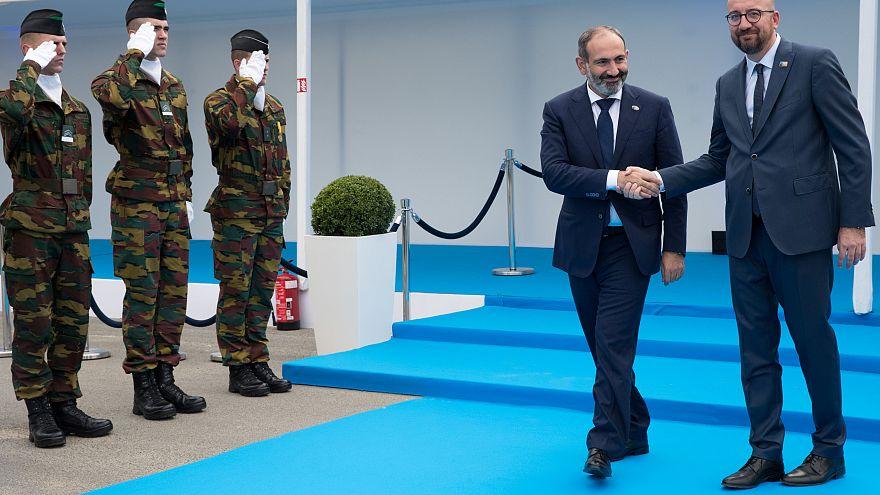 نخست وزیر ارمنستان از ناتو خواست پیامی محکم برای حل بحران قره باغ بدهد