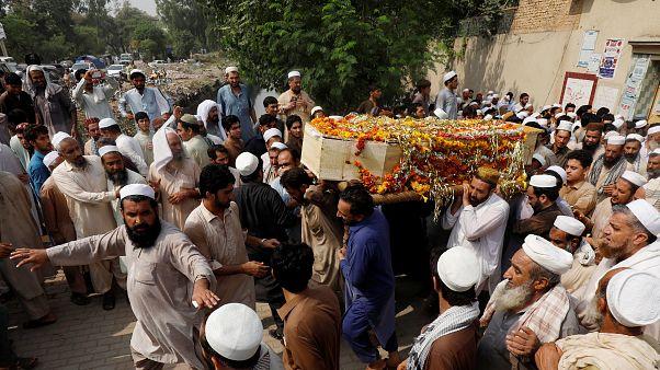 128 قتيلاً  على الأقل في أعنف هجوم يستهدف تجمعات انتخابية في باكستان