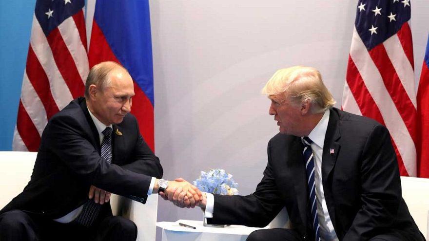 Los demócratas piden a Trump que anule la cita de Helsinki con Putin
