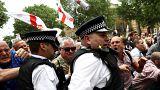 مؤيدون لتومي روبينسون في اشتباك مع الشرطة 9 يونيو / جزيران
