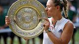 Η Αντζελίκ Κέρμπερ «βασίλισσα» του Wimbledon