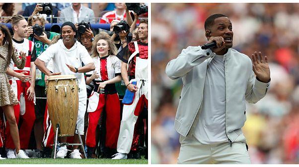 حفل ختام كأس العالم 2018: البرازيلي رونالدينيو والممثل الأمريكي ويل سميث ينشطان العروض