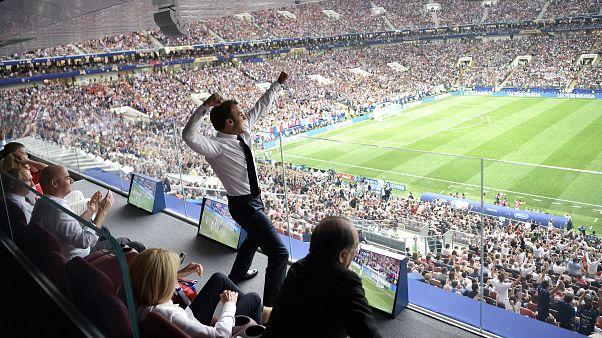 Fransa attı Cumhurbaşkanı Macron havalara uçtu