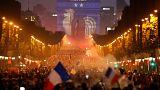 Ξέφρενοι πανηγυρισμοί σε όλη τη Γαλλία