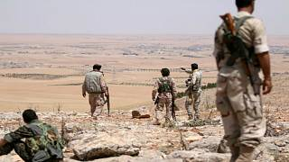 """""""وحدات حماية الشعب"""" الكردية تنسحب من مدينة منبج في سوريا"""