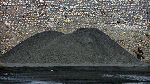 آتشسوزی معدنی در آفریقای جنوبی جان ۵ معدنچی را گرفت