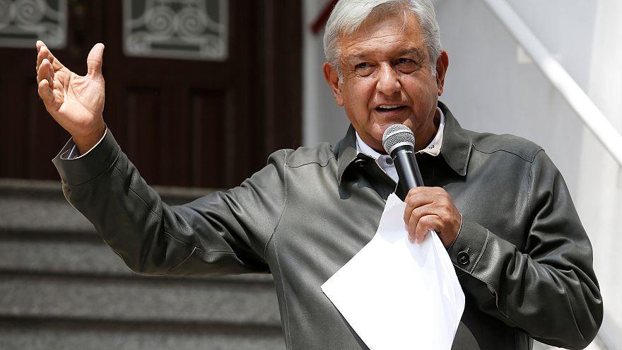 Austeridad republicana: López Obrador se baja el sueldo como bandera contra privilegios y corrupción