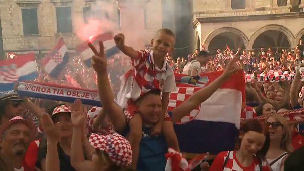 شادمانی کرواتها از نایب قهرمانی جامجهانی ۲۰۱۸