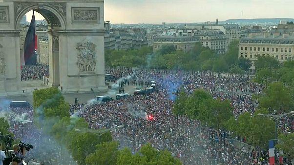 fransa, dünya kupası, kutlama, şampiyonluk